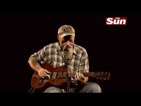 Seasick Steve So Lonesome I Could Cry  (better than Hank Williams himself... IF that's possible.)