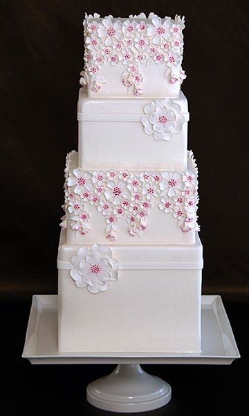how to cut a wedding cake video 1000 images about modest is wedding cakes also 15632