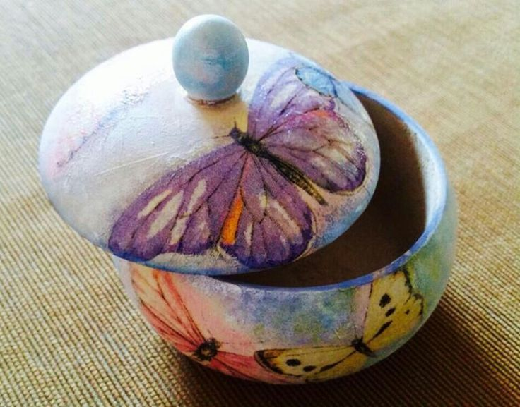 decoupage on a wooden bowl