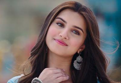 Marjaavaan Movie Actress Tara Sutaria Images In 2020 Beautiful Indian Actress Beautiful Girl Indian Beautiful Bollywood Actress