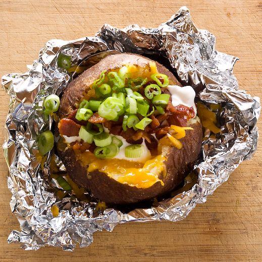 Steakhouse Baked Potatoes - Make the PERFECT Baked Potatoe!