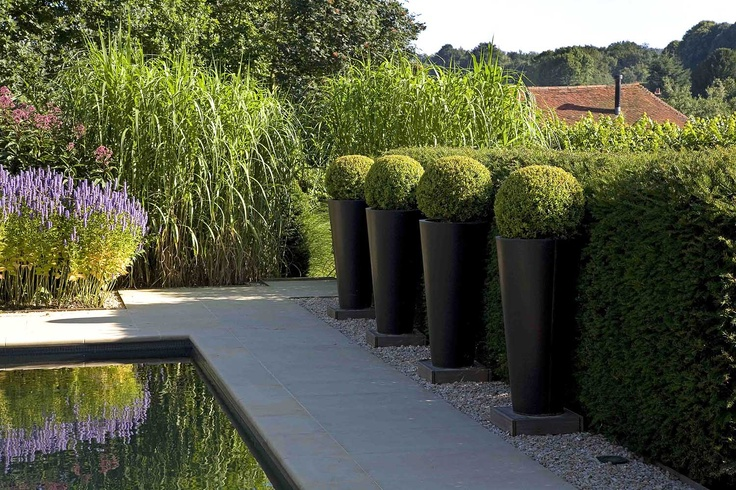 simple and classic creates formality in the garden