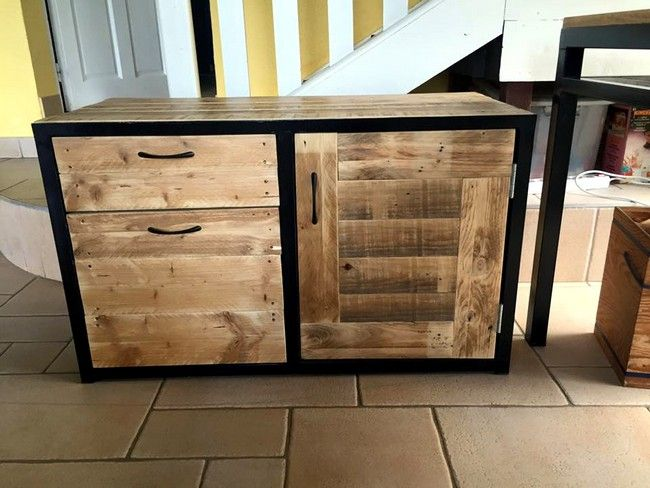 20 best pallet tv console images on pinterest pallet for How do you spell pallets