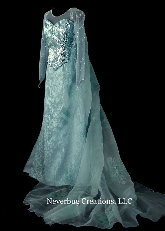 Elsa Costume by NeverbugCreations on Etsy... This is so perfect, I just- cannot.