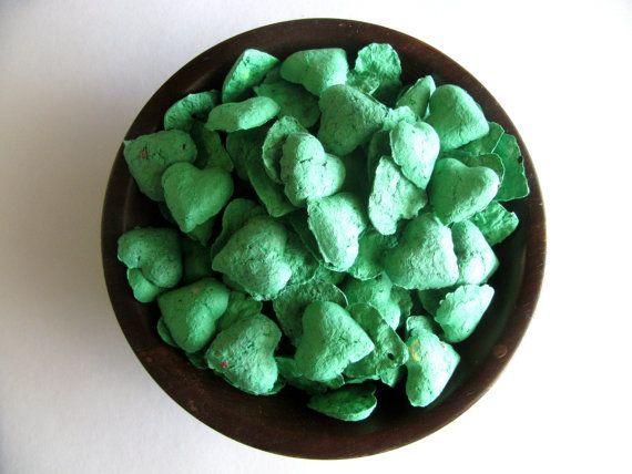 Coeur de semences bombe faveurs de mariage vert émeraude - bombes de semences mariage dans Kelly Green