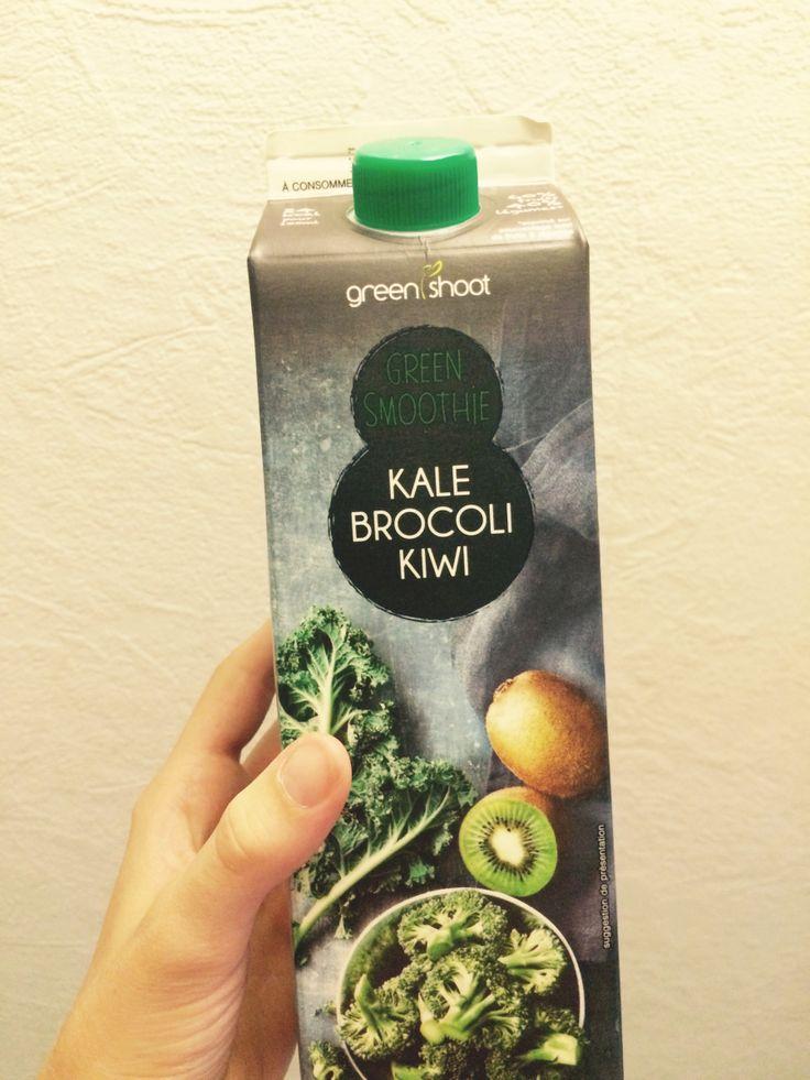 Hello, Aujourd'hui je vous présente un smoothie que j'ai découvert en faisant des courses chez Monoprix. Il s'agit d'un smoothie de la marque Greenshot. Pour ma part j&rsquo…