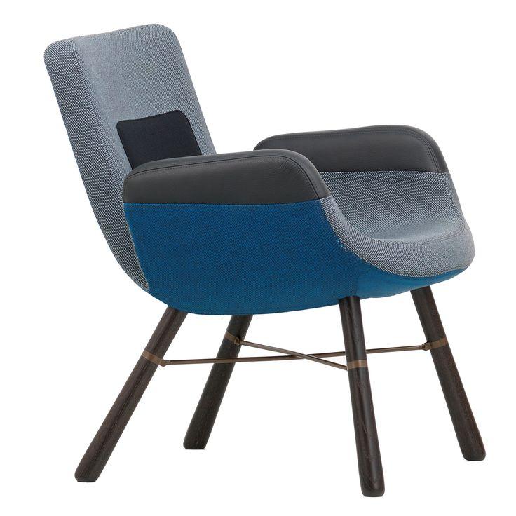 East River Chair fauteuil met donker eiken onderstel | Vitra. 64 (b) 71 (d) 74 (h) 40 (zh)