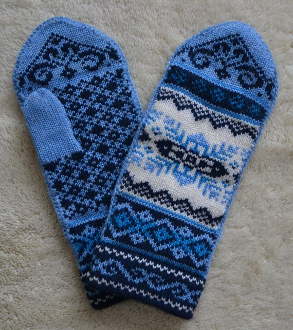 Norwegian Scandinavian hand crafted 100% Wool Mittens, folk art, Fair Isle, snowflake
