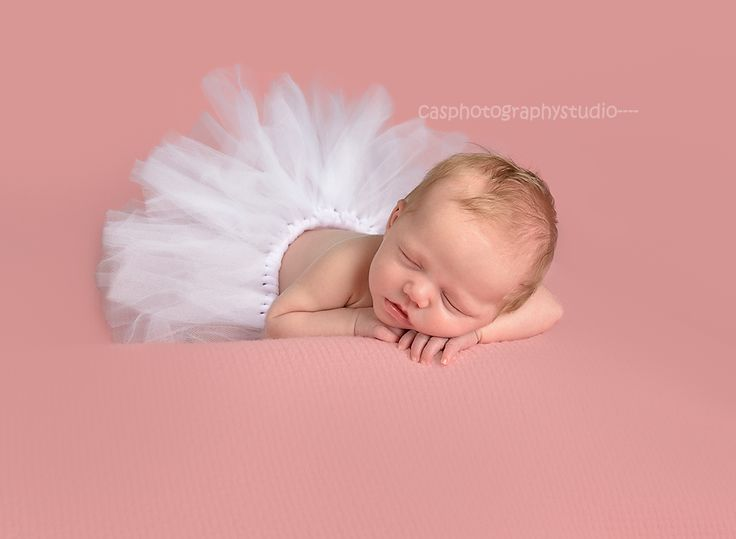 tutus and baby girls  aw.......