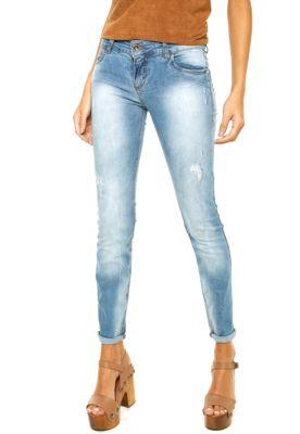 Calça Jeans Colcci Fátima Azul, possui lavagem estonada, quatro bolsos, cinco…                                                                                                                                                                                 Mais