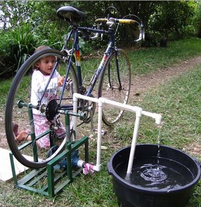 8 diy water pump that make easy moving of water from one place to another.