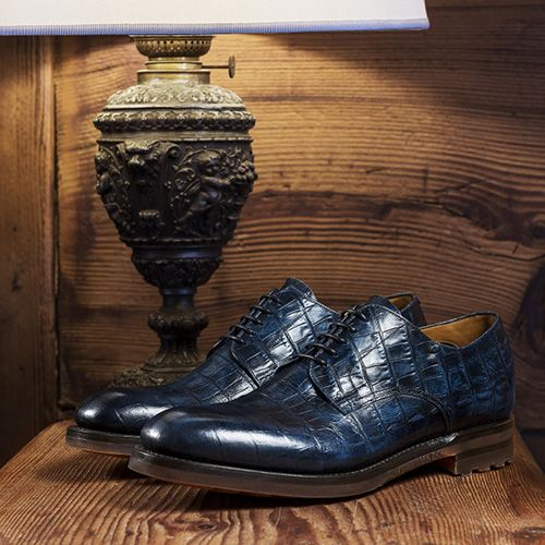 Exclusive #shoes for the man who likes to be elegant and classy.