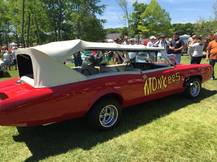 Fleet wood country cruise-In  June 8-2015 The Monkees