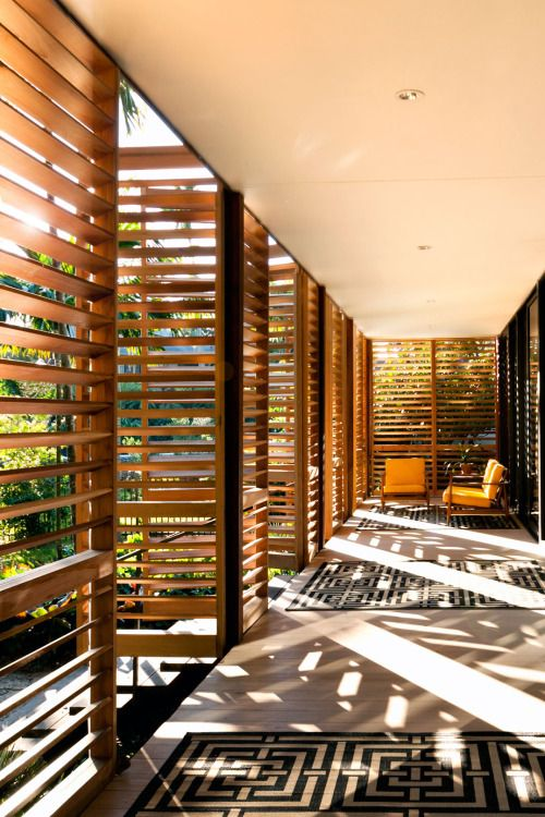 programa por espacios de transicion Building: Brillhart House, Miami Designed by Brillhart Architecture Post II by ENVIBE.CO