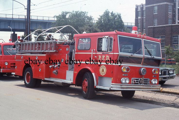 Fire Apparatus Slide - Philadelphia PA - 1971 Ward LaFrance Engine 4