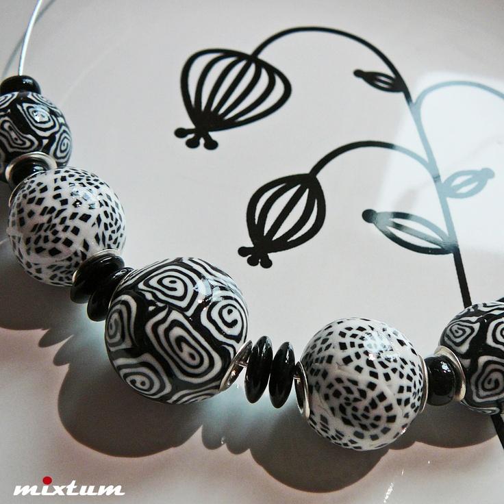 Korále ... Black & White II.