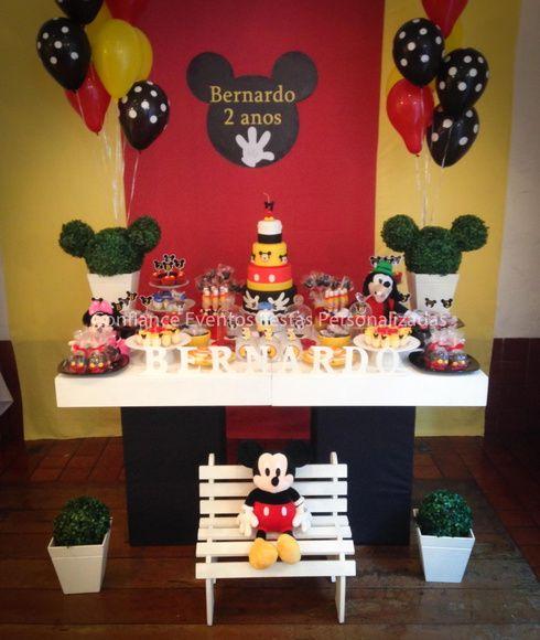 Festa Personalizada  A decoração da festa é feita de acordo com o tema escolhido,