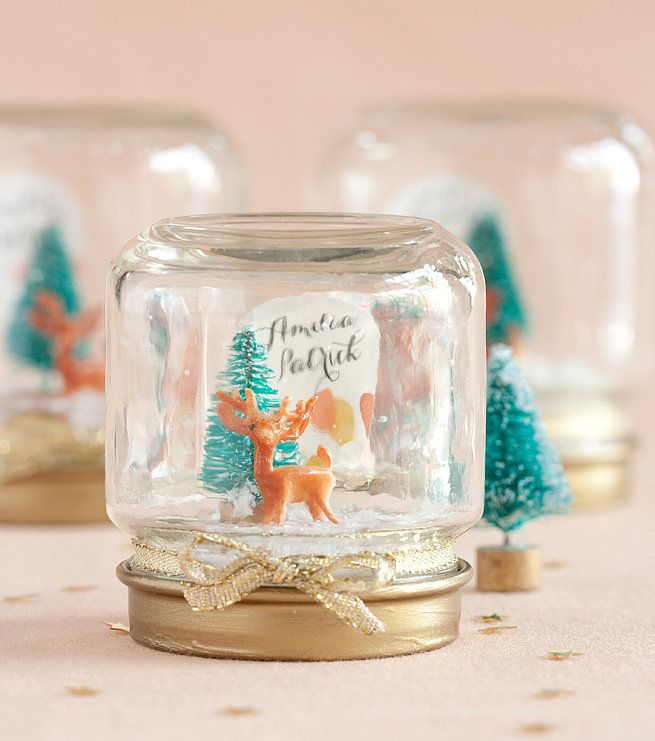 Make these personalized snow globes for friends and family! Source: My Own Ideas