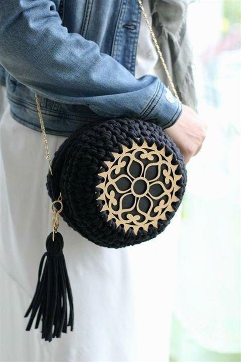270b77d76158 Круглые вязаные сумки 2   вязание крючком   Bags, Jewelry и Leather