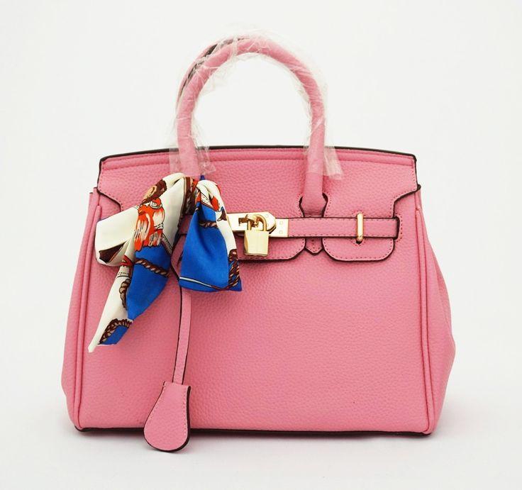 Hermin Syal Korean Bag, elegan. Ada kunci dan gembok. Bisa tenteng. Tebal good quality. Warna pink. Uk 30x14x24