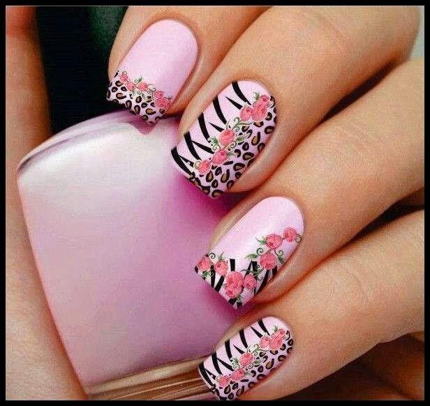 Uñas bonitas :)