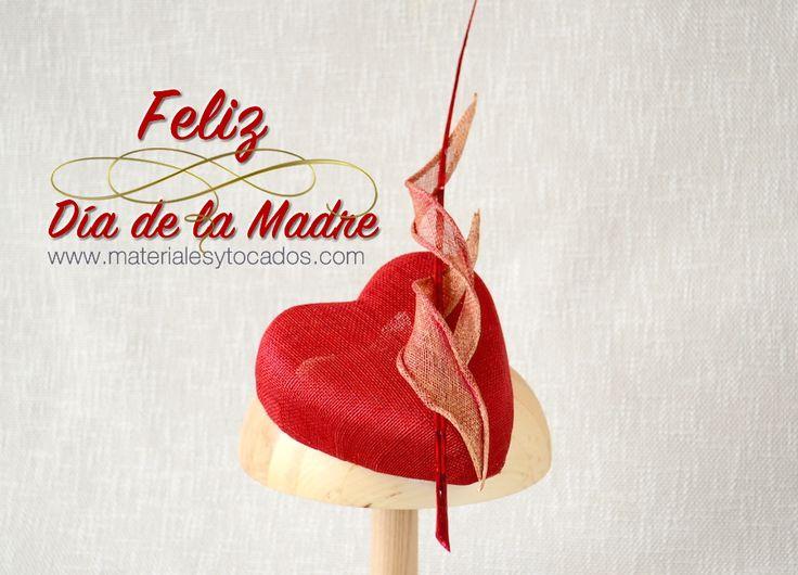 Día de la Madre 7 de Mayo 2017 Lo celebramos un día pero su abnegado trabajo y dedicación, se extiende a los 364 días restantes. Felicidades a todas las madres. #madre #diadelamadre2017 #mom #mama #motherday #guapa #picoftheday #materialesytocados #Gracias #Sevilla #amordemadre