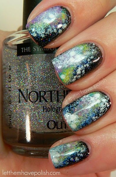 wish I could do that.Nails Art, Trav'Lin Lights, Northernlights, Nailpolish, Northern Lights, Nails Polish, Galaxy Nails, Lights Nails, Galaxies Nails