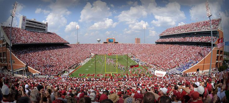 My Husband has never been to an Oklahoma Sooners game with me!  #scentsyhoneymoon #BoomerSooner