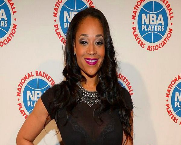 Love and Hip Hop Atlanta: Mimi Faust Lesbian Lover Revealed - Tamera Young? - http://www.morningledger.com/love-and-hip-hop-atlanta-mimi-faust-lesbian-lover-revealed-tamera-young/1388742/