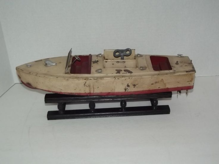 Antique Lionel Craft Prewar Pleasure Speedboat Tin Wind Up
