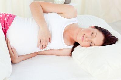 Проблемы со сном при беременности: 5 советов. http://www.moy-rebenok.ru/zhurnal/beremennost/zhaloby-vo-vremja-beremennosti/son-vo-vremja-beremennosti/