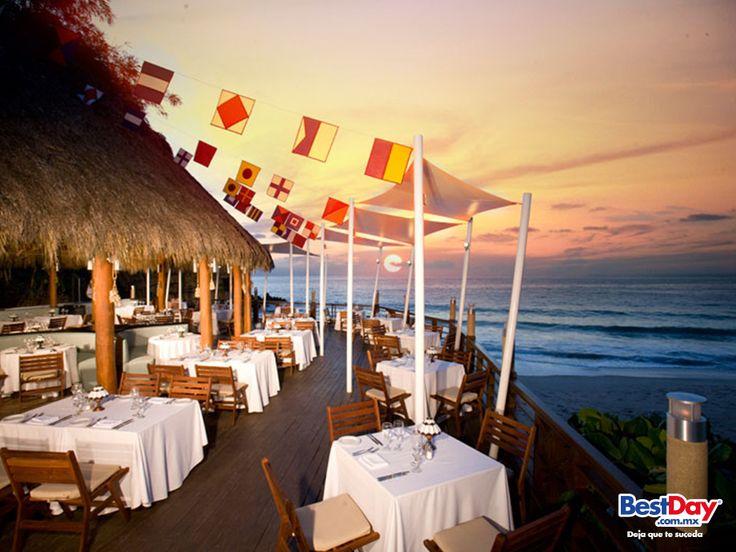 Dreams #PuertoVallarta Resort & Spa cuenta con una gran variedad de restaurantes gourmet, donde no se requiere realizar una reservación. Cuenta con cuatro restaurantes con servicio a la carta, uno con servicio buffet, uno de finos cortes a la parrilla y un café. O bien, puede disfrutar de una cena romántica en su habitación o suite. #BestDay #OjalaEstuvierasAqui