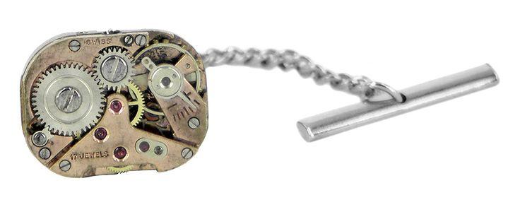 Gold 17 jewels watch movement lapel pin