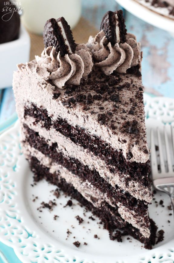 This Chocolate Oreo Cake is to die for! A moist chocolate cake full of Oreo icing! And not just any Oreo icing – it is FULL of crushed up Oreos. An Oreo lover's dream. So you might remember that ...
