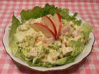 Kuřecí salát s jablky