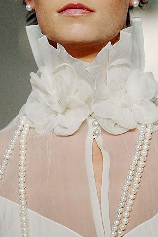 .has possibility as collar-change the color & minus the pearls