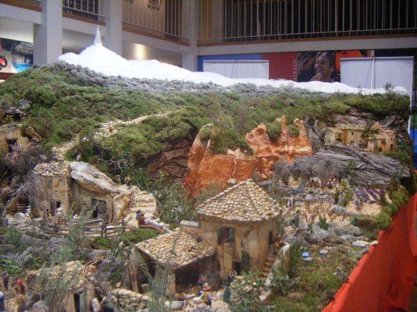 Les maisons de Gérald Roux (crèche de Carpentras) - Crèche d' amorasterix