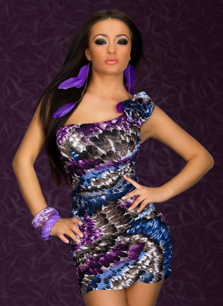 Alluring One-shoulder Mini Dress With Colorful Feather-Print $15usd free shipping http://4leafcity.com/alluring-one-shoulder-mini-dress-with-colorful-feather-print-product-398.aspx