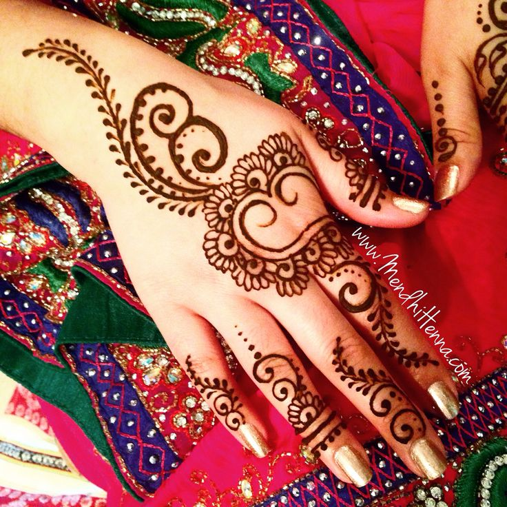 Heart Mehndi Designs 2015 : Images about arabic henna design on pinterest eid