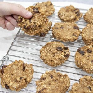 ***Banana Oat Breakfast Cookies 350 for 25 min added 1/2 tsp ground flaxseeds, used 1/2 tsp cinnamon instead of 1 tsp, added 2 tbsp peanut butter, very good