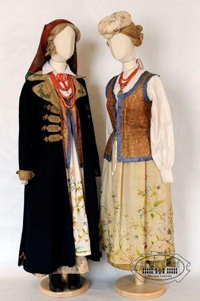 Folk costumes from Tarnogród town (Biłgoraj region), Poland - turn of 19th/20th centuries.