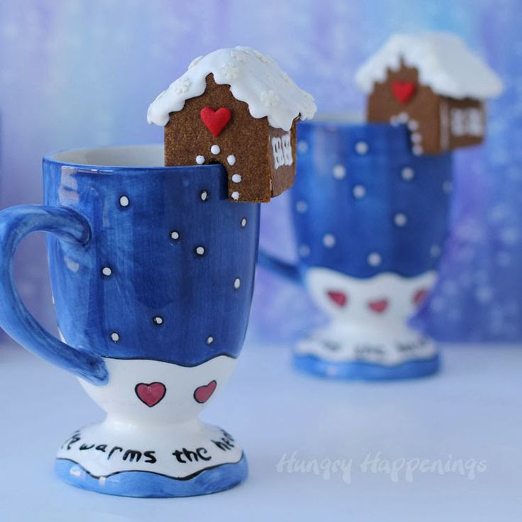 Mini Gingerbread Cookie Houses for your Hot Cocoa Mugs