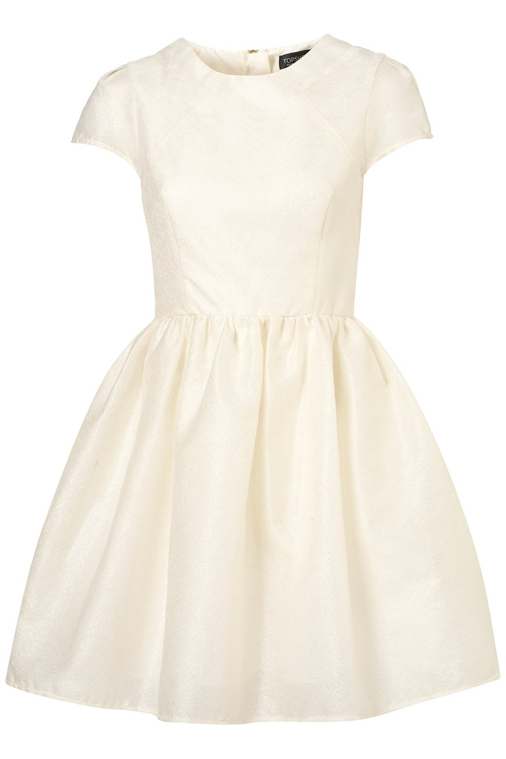 Beautiful little party dress from Topshop: http://rstyle.me/iei5cjn2w6
