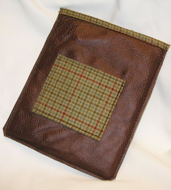brown leather i pad sleeve with a green tweed by Newforestcrafts