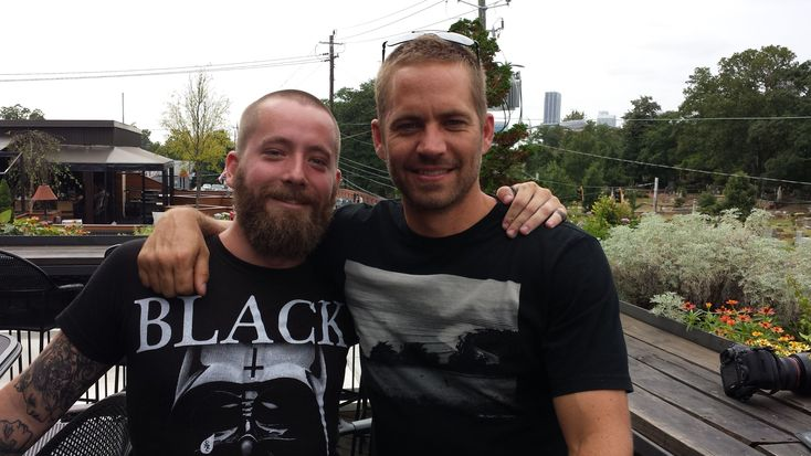 I met Paul Walker a few months ago. I've seen a lot of jokes about his death and that bums me out. I wanted to share this picture and my experience. - http://limk.com/news/i-met-paul-walker-a-few-months-ago-ive-seen-a-lot-of-jokes-about-his-death-and-that-bums-me-out-i-wanted-to-share-this-picture-and-my-experience-161361083/