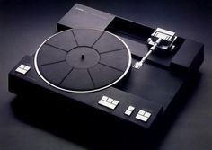 One of my all-time-favourite turntables: Yamaha PX-2 (1979).