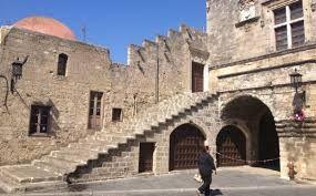 τα σκαλάκια Παλιά πόλη Ρόδος