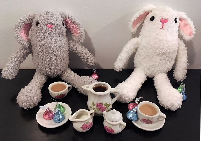Ravelry: Fluffy Bunny pattern by Luna Lewis