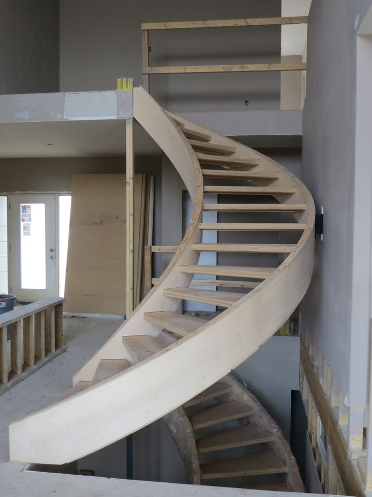 Circular staircases - timeless and sophisticated!