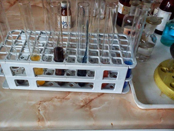 My job, ( activitati experimentale ,in laborator de stiinte ale naturii ) - Laboratorul scolar - Google+